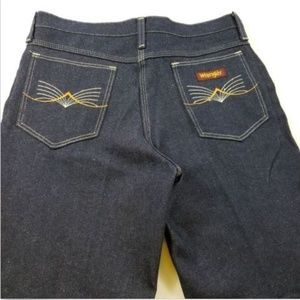 Wrangler Men 32 X 31 slim boot cut jeans